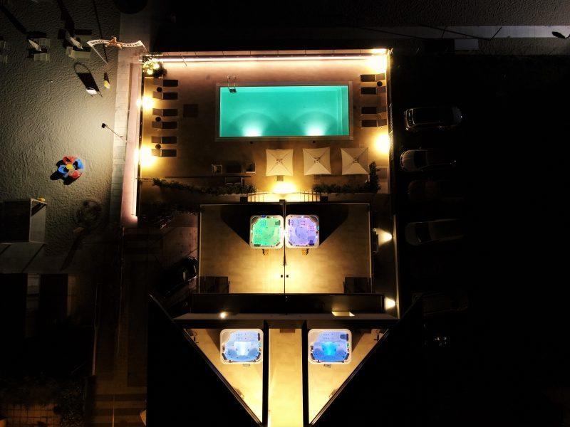 Esterno hotel in notturna 2